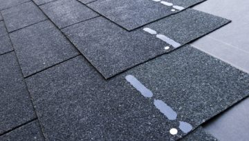Does Your Shingle Roof Needs to be Replaced or Repaired ?